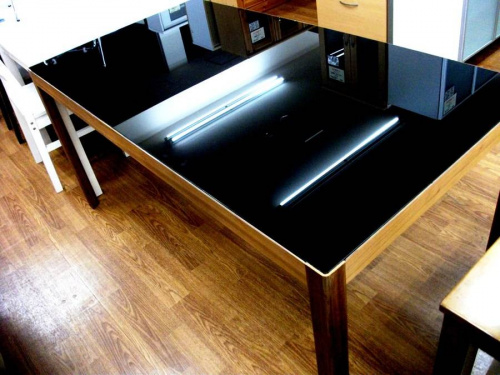 家具・インテリアのダイニング