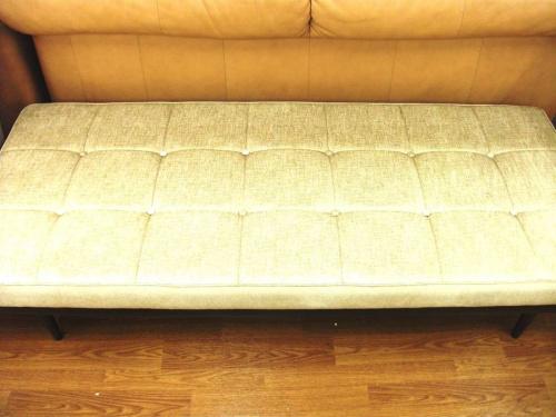 ソファーのベンチ