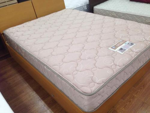 家具・インテリアのベッド