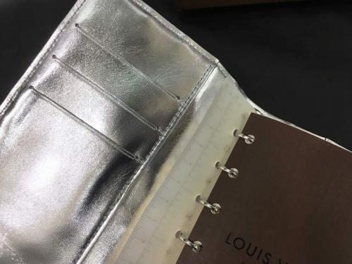 財布の手帳カバー