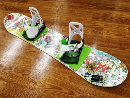 キッズのスノーボード