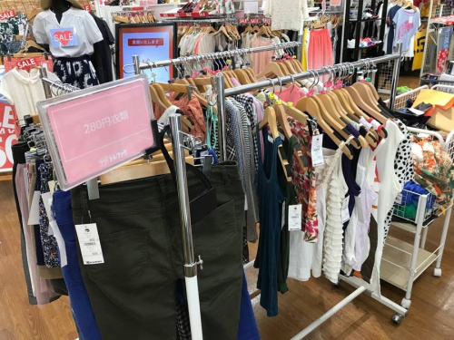 川越店衣類