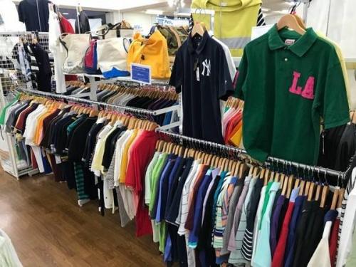 ポロシャツの川越店衣類