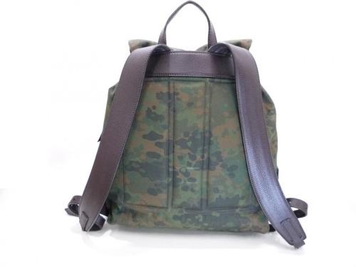 バッグのカモフラバックパック