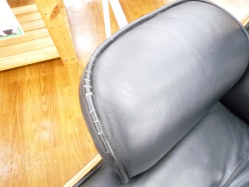 ソファーのオットマン付1人掛けソファー