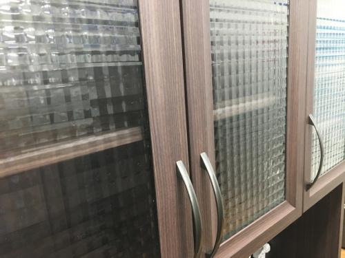 特選家具のカップボード
