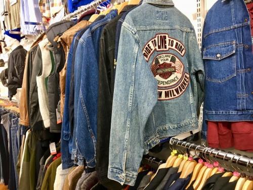 ニットのジャケット