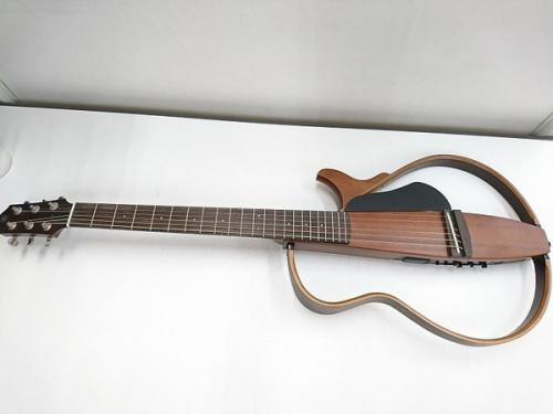 サイレントギターのYAMAHA