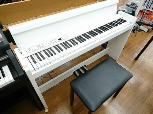 電子ピアノのYANAHA