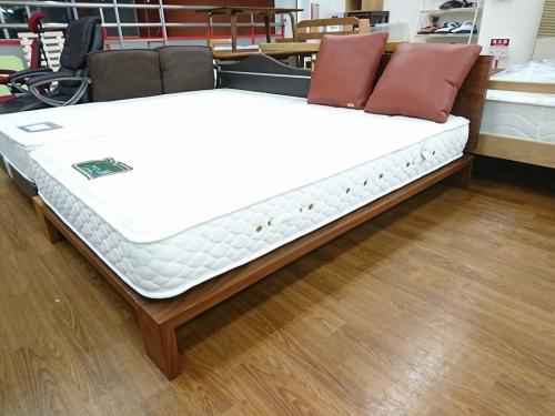 家具蔵の日本ベッド