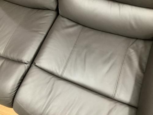 特選家具のニトリ