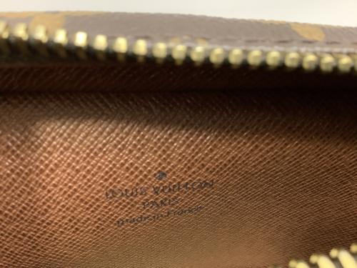 ポーチのショルダーバッグ