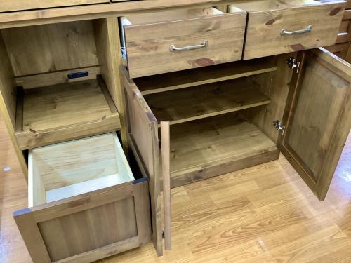 キッチンボードの家具