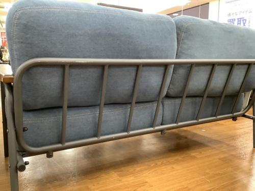 二人掛けソファーのアイアンソファー