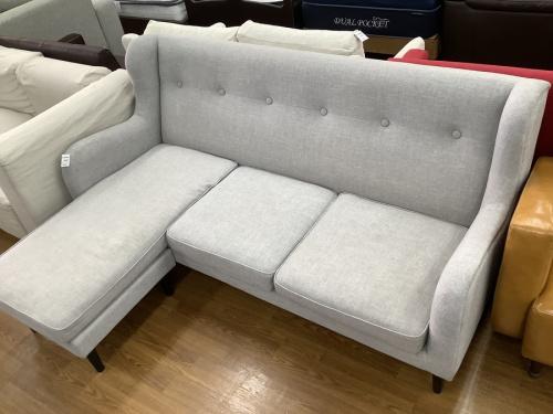 L字ソファーのソファー