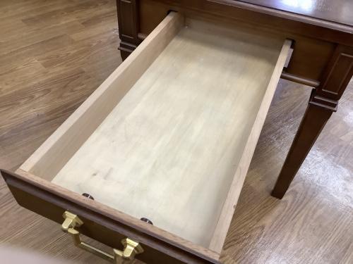 ローテーブルのマルニ木工