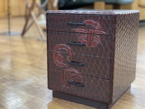 チェストの和箪笥 和雑貨 鎌倉彫