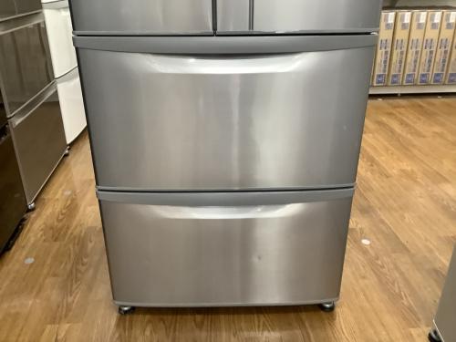 6ドア冷蔵庫のHITACHI ヒタチ 日立