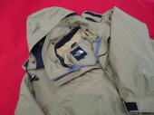 メンズファッションのナイロンジャケット