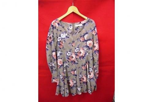レディースファッションの鶴ヶ島店衣類入荷情報