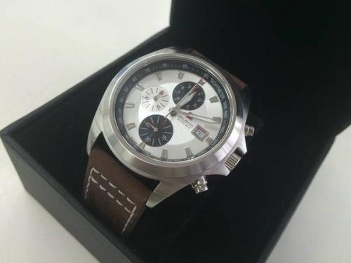 腕時計のSWISS MILITARY
