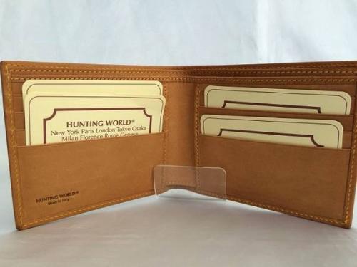 財布のハンティングワールド