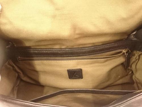 レザーの土屋鞄