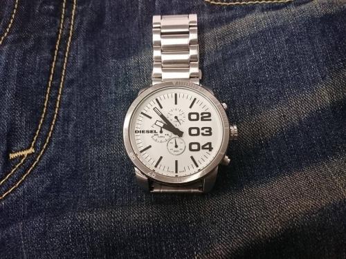 腕時計のディーゼル