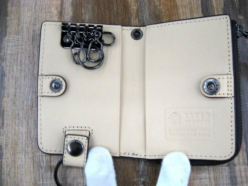 財布のTAKEO KIKUCHI