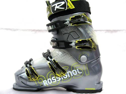 スキーのスキーブーツ
