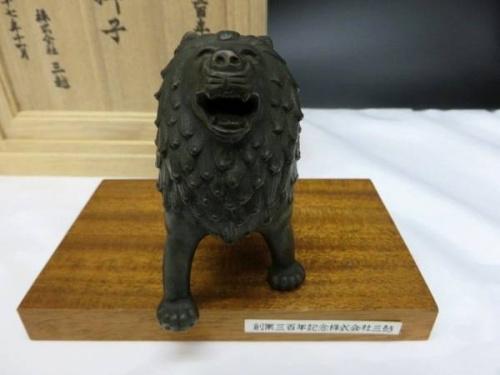 三越の獅子