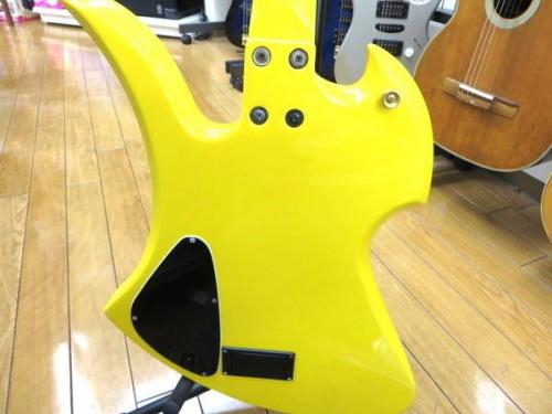 エレキギターのBurny