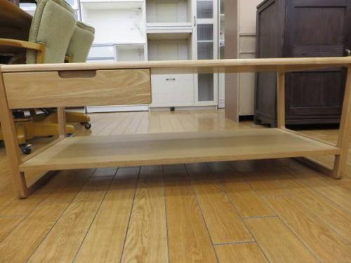テーブルの鶴ヶ島家具
