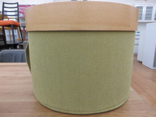 SoftlineのDRUMS POUF