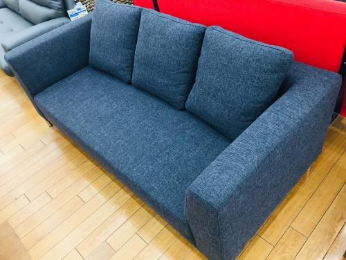家具の3人掛けソファー