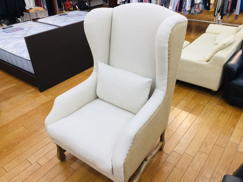 家具のBedford wing chair