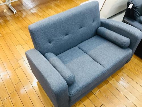 2人掛けソファーの鶴ヶ島家具