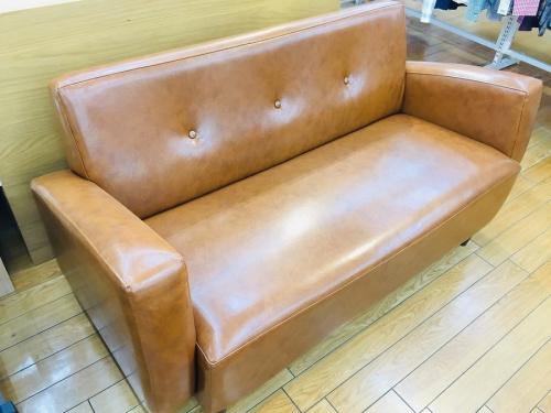B-COMPANYの2人掛けソファー