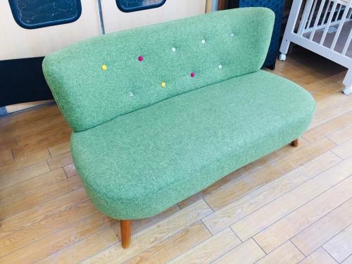 2人掛けソファーのソファー