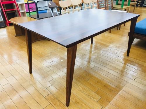 ダイニングテーブルの川越 家具