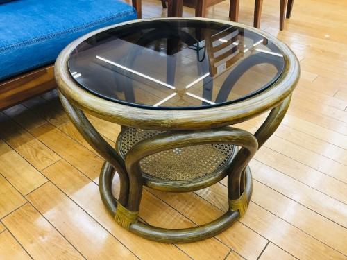 ラタンテーブルの中古家具