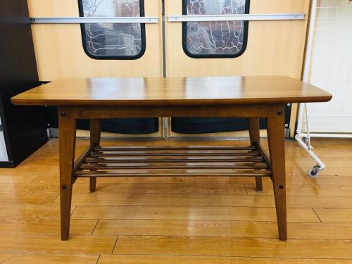 カリモク60のリビングテーブル