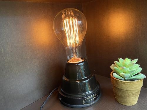 デザイン家電のハモサ ランプ hermosa kamakura レマンセラミックランプ 中古
