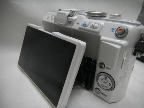 デジタルカメラのOLYMPUS