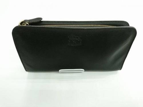 レザーアイテムの財布