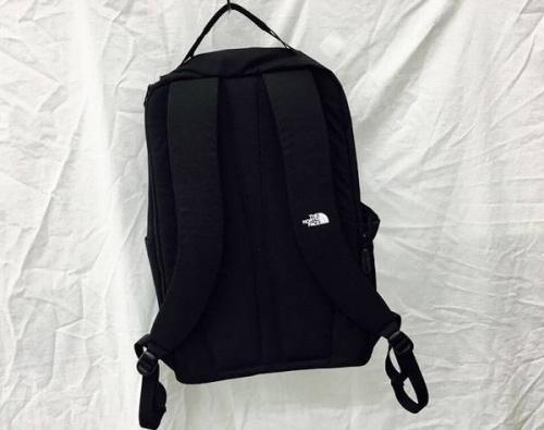 メトロデイバッグの衣類