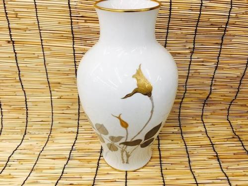 大倉陶園の金蝕バラ