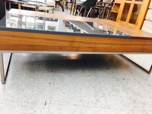 リビングテーブルのコーヒーテーブル