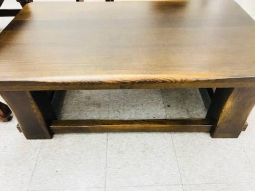 テーブルの柏木工
