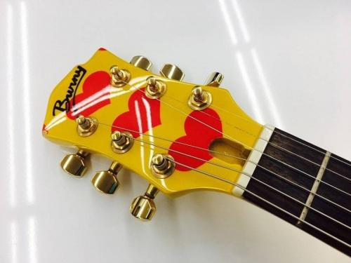 ギターのBurny